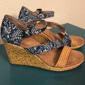 Toms Wedge Sandals 7.5